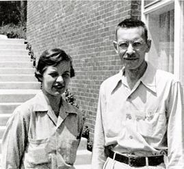 Foto dei coniugi Martha Chase (1927-2003) e Alfred Hershey (1908-1997)